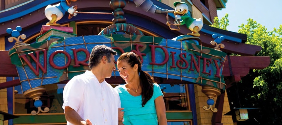 DOWNTOWN DISNEY DISTRICT. EL LUGAR PARA COMPRAR, COMER Y DIVERTIRSE.