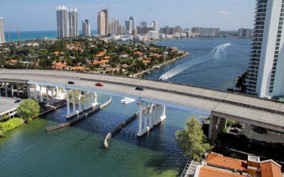 DE COMPRAS EN LA FLORIDA